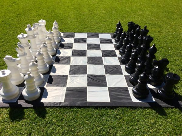 Giant-Chess-4