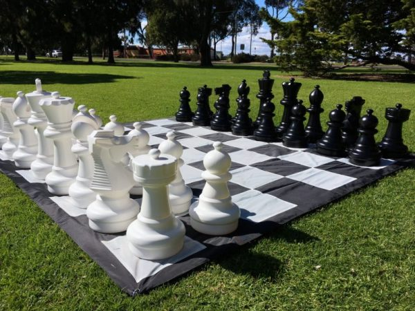 Giant-Chess-6