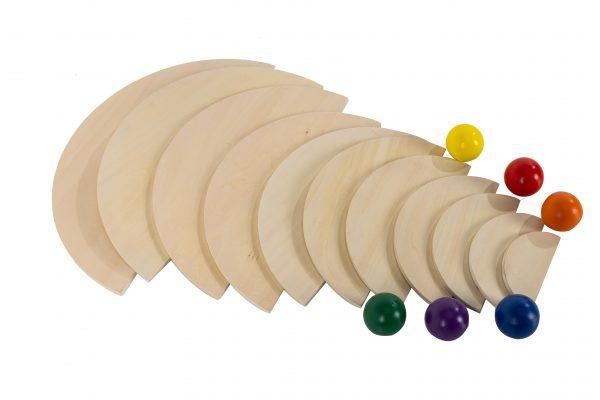 Natural Semi Circles an Rainbow Balls (2)